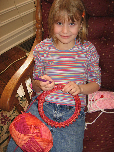 The Knifty Knitter
