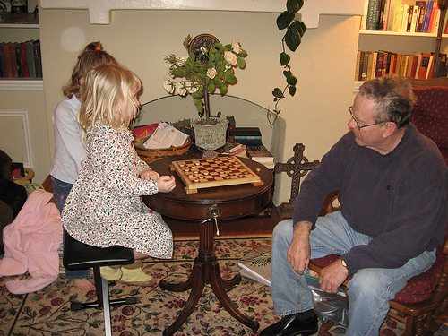 E4 and Papa Playing Checkers