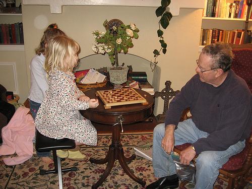 E4 and Papa Playing Checkers