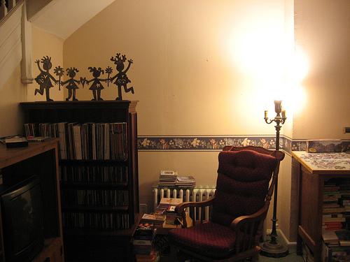 Wall Before Book Shelf